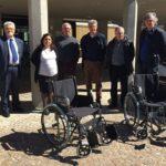 L'Avis dona due sedie a rotelle per garantire a tutti la fruizione del patrimonio culturale